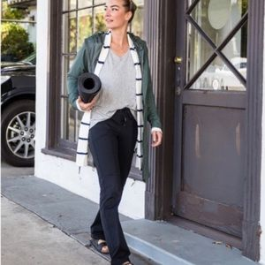 Athleta Midtown Trouser in Navy Size 6
